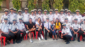 Malang star Disha Patani and director Mohit Suri strike a pose with Merchant Navy students