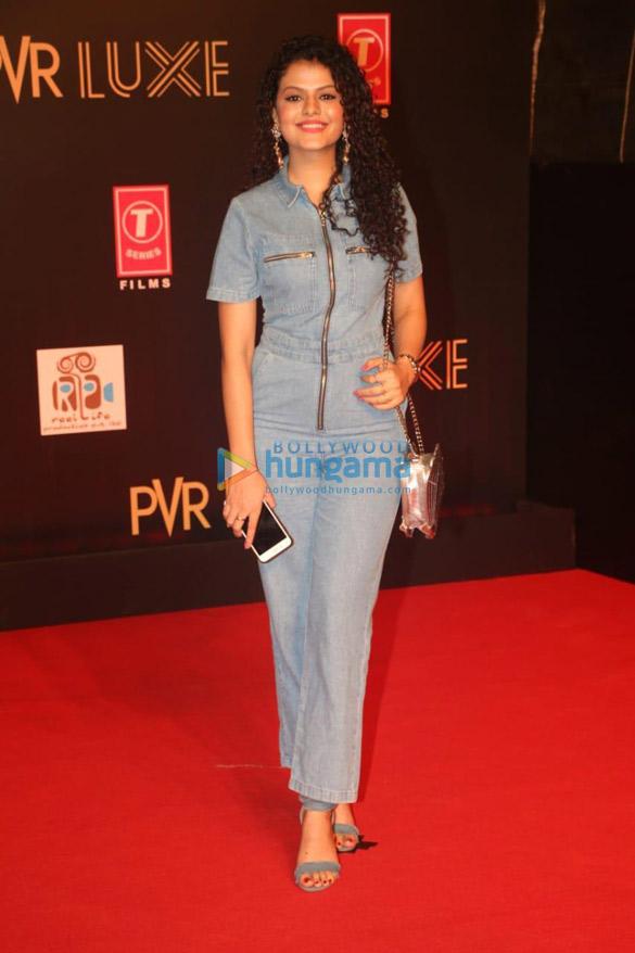 Photos Celebs grace Bharat special screening in Mumbai (10)