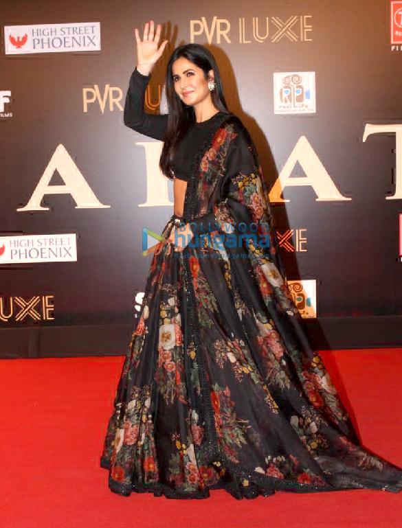 Photos Celebs grace the premiere of Bharat in Mumbai (9)