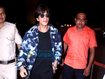 Photos: Shah Rukh Khan, Kareena Kapoor Khan and others snapped at the airport