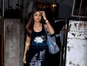 Photos: Shilpa Shetty snapped at Kromakay salon in Juhu