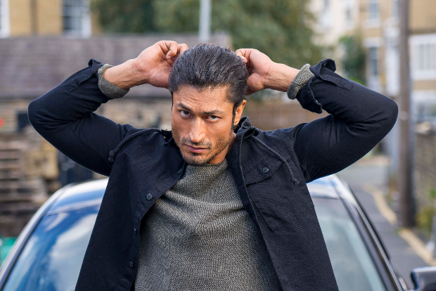 Vidyut Jammwal wraps the shooting of Commando 3
