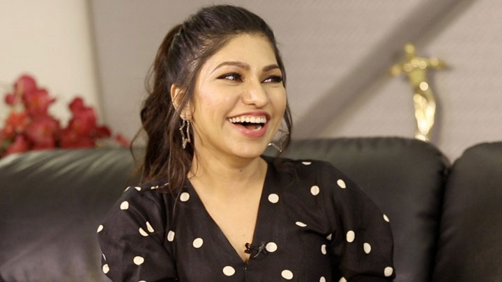 """After Aashiqui 2 people are comparing…"" Tulsi Kumar O Saki Saki, Sheher Ki Ladki, Kabir Singh"
