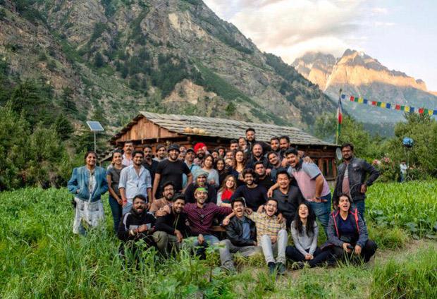 PHOTOS: Sara Ali Khan, Kartik Aaryan wrap up Imtiaz Ali's Love Aaj Kal 2 in Himachal Pradesh