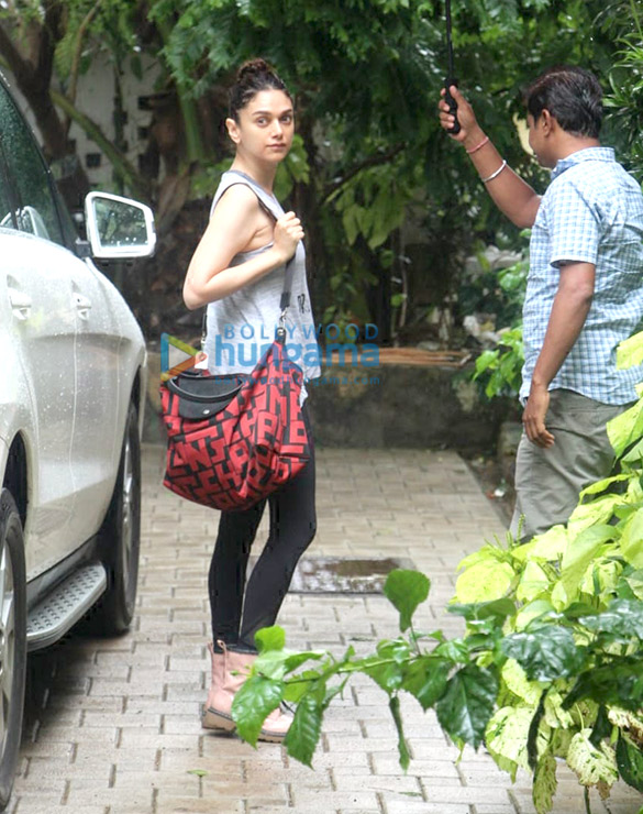 Photos: Aditi Rao Hydari spotted in Bandra