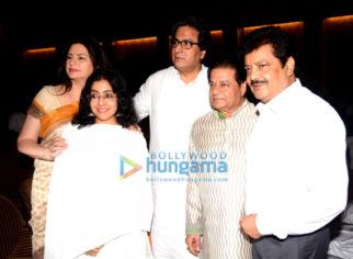 Photos: Celebs attend prayer meet of Anup Jalota's mother Kamla Jalota
