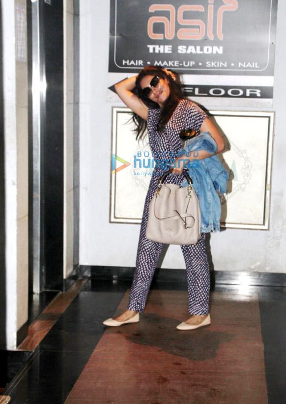 Photos: Chitrangda Singh spotted at a salon in Bandra