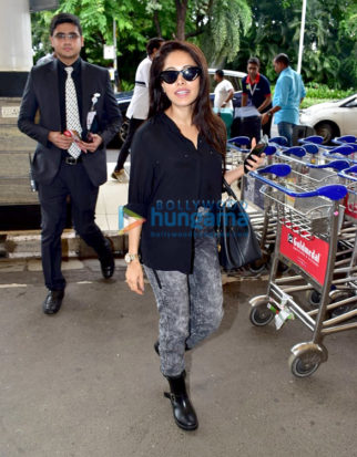 Photos: Nushrat Bharucha, Karisma Kapoor and others snapped at the airport