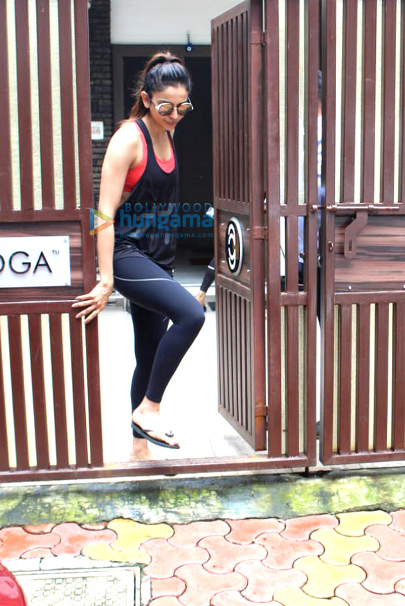 Photos: Rakul Preet Singh snapped at Anushka yoga