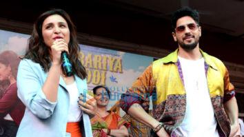 Photos: Sidharth Malhotra and Parineeti Chopra snapped promoting their film Jabariya Jodi at National College in New Delhi