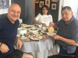 Rishi Kapoor savours 'aate ka phulka' with Neetu Kapoor, thanks Anupam Kher for wonderful meal