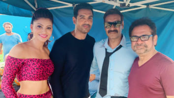 PHOTOS: Urvashi Rautela's teatime with Ajay Devgn and John Abraham on the sets of Anees Bazmee's Pagalpanti