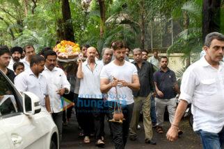 Photos Celebs attend Hrithik Roshan's grandfather J.Om Prakash's funeral