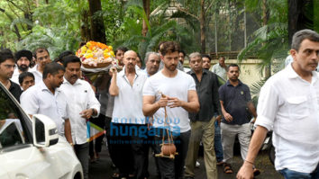 Photos Celebs attend Hrithik Roshan's grandfather J.Om Prakash's funeral