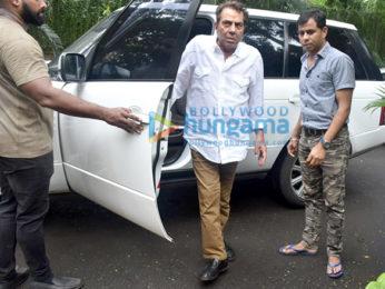 Photos: Celebs attend Hrithik Roshan's grandfather J.Om Prakash's funeral