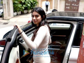 Photos: Ishaan Khatter And Khushi Kapoor spotted Manish Malhotra's office in Bandra