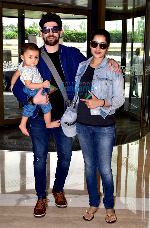 Photos Neil Nitin Mukesh snapped with family at JW Marriott in Juhu (2)