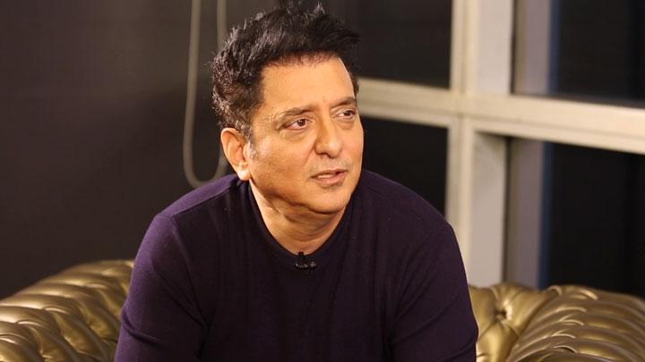 "Akshay Kumar is an INDUSTRY by HIMSELF"" Sajid's SUPERB Rapid Fire Shah Rukh Khan Salman Khan"