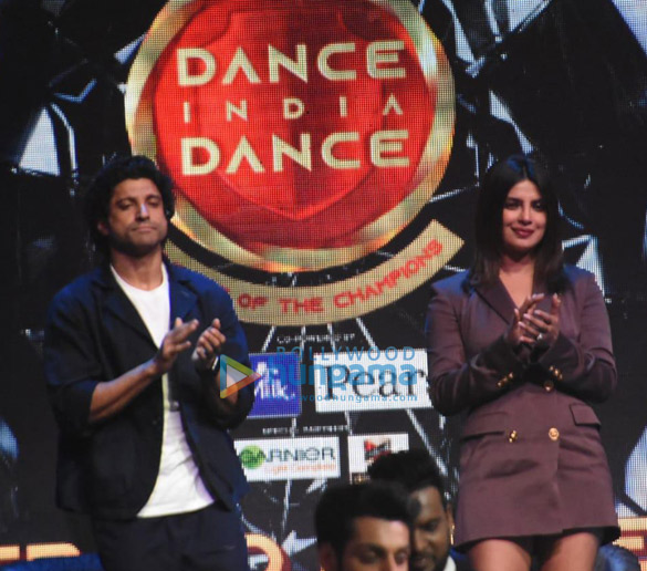 Photos Cast of The Sky Is Pink promote their film on the sets of Dance India Dance (6)