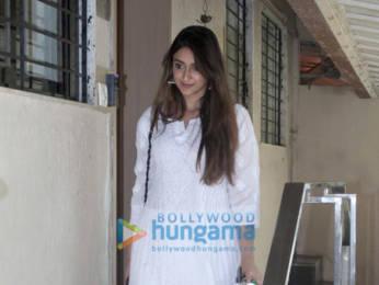 Photos: Ileana D'Cruz spotted at the Matrix office in Bandra