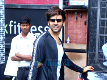 Photos: Kartik Aaryan snapped at the gym