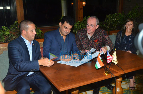 Photos Siddharth Roy Kapur snapped at MOU signing ceremony (1)