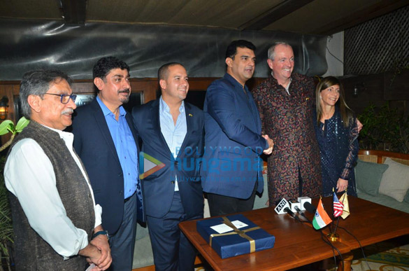 Photos Siddharth Roy Kapur snapped at MOU signing ceremony (3)