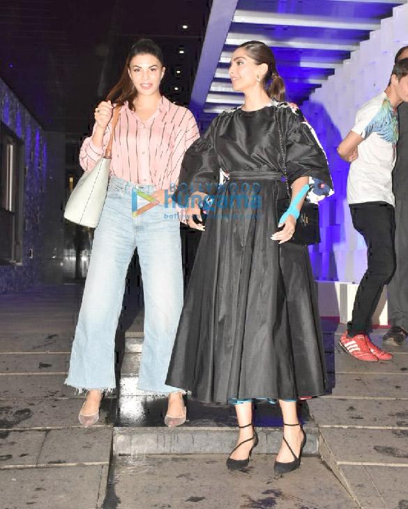 Photos Sonam Kapoor Ahuja and Jacqueline Fernandez spotted at Hakkasan in Bandra (5)