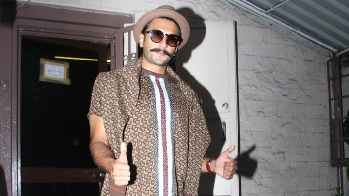 Ranveer-Singh-spotted-at-Shankar-Madhavi-Studio-in-Bandra