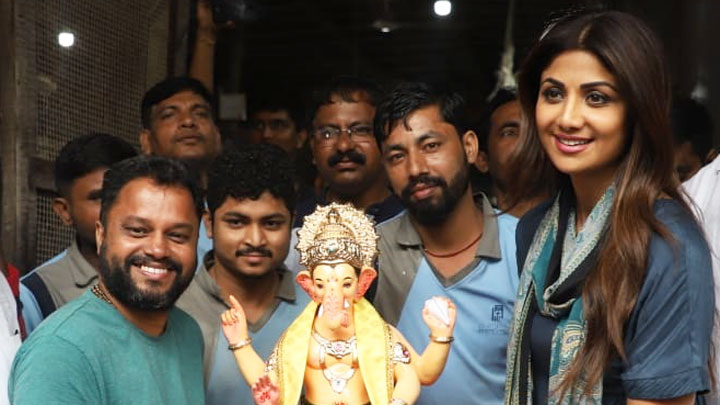 Shilpa Shetty welcomes Lord Ganesh at her Residence Ganesh Chaturthi