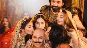 Akshay Kumar is overwhelmed with the love pouring in for Housefull 4!