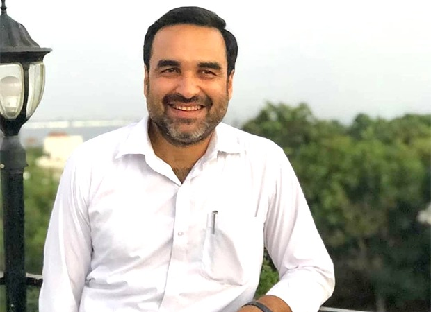 Pankaj Tripathi keeps his tradition of celebrating Durga Puja with wife and in-laws in Kolkata