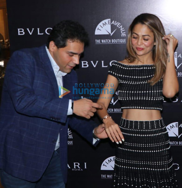 Photos Amrita Arora snapped at Bvlgari Roma and Time Avenue event (6)