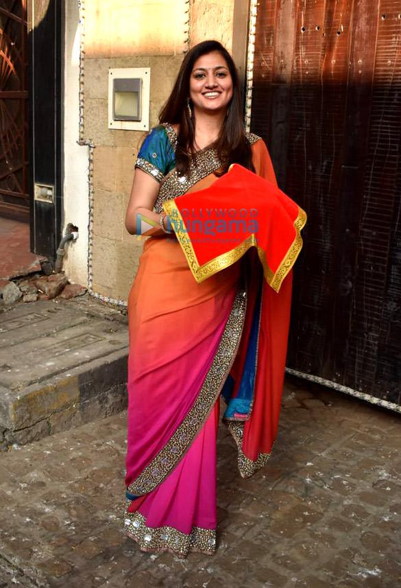 Photos Celebs snapped celebrating Karwa Chauth (8)