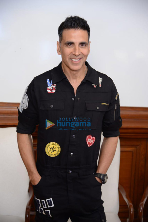 Photos Housefull 4 cast snapped during promotions at Imperial hotel in New Delhi (6)