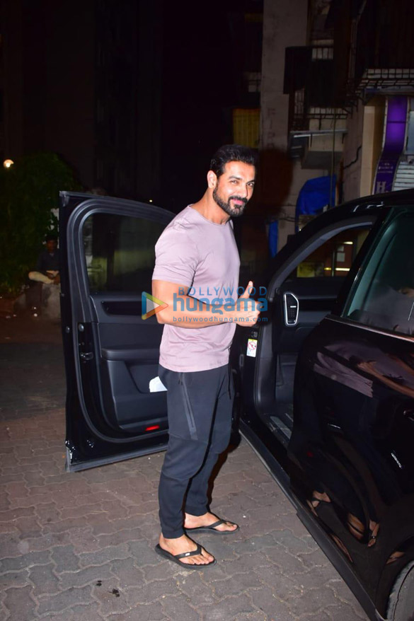 Photos John Abraham spotted in Bandra (1)