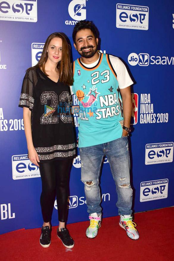 Photos Malaika Arora, Sonam Kapoor Ahuja and others grace the red carpet of NBA India Games 20192 (2)