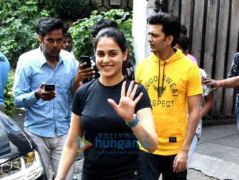 Photos: Riteish Deshmukh and Genelia Dsouza spotted at the gym