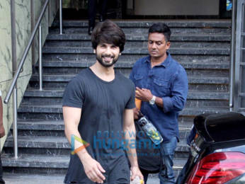 Photos: Shahid Kapoor spotted at the gym in Juhu