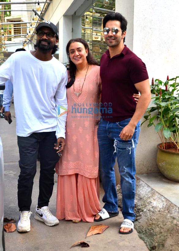 Photos: Varun Dhawan and Ananya Panday snapped at a dubbing studio in Juhu