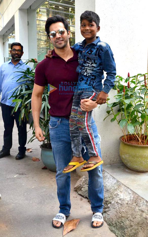 Photos Varun Dhawan and Ananya Panday snapped at a dubbing studio in Juhu