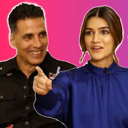 TRY NOT TO LAUGH Akshay, Riteish & Housefull 4 co-stars' HILARIOUS FIGHT Quiz Kriti Bobby Pooja