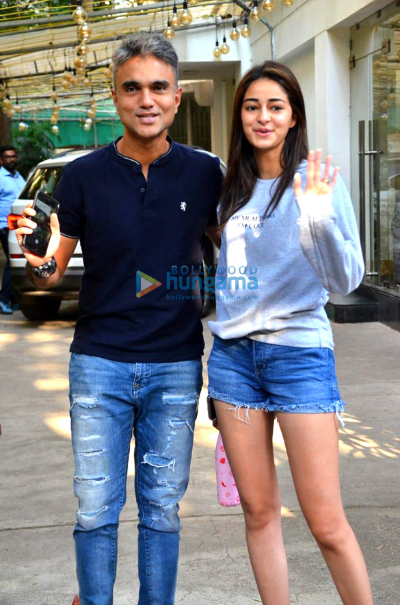 Photos Ananya Panday snapped at a dubbing studio (1)