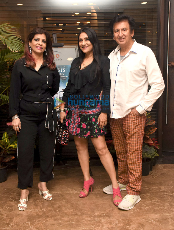 Photos Celebs grace Parsis – A Timeless Legacy photography exhibition at Tao Art Gallery, Worli (11)