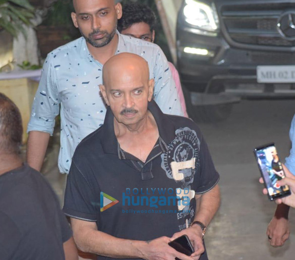Photos Hrithik Roshan, Ananya Panday and others snapped at a dubbing studio in Juhu (4)