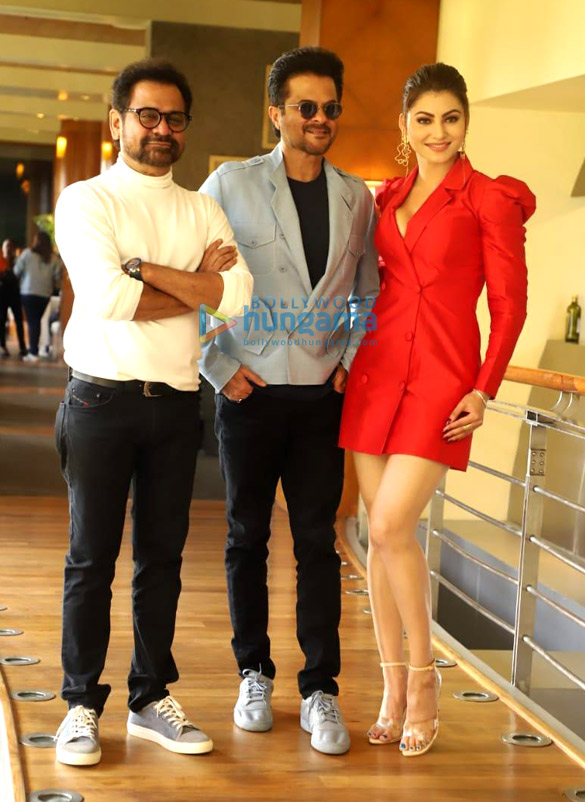 Photos John Abraham, Anil Kapoor and others snapped promoting their film Pagalpanti (6)