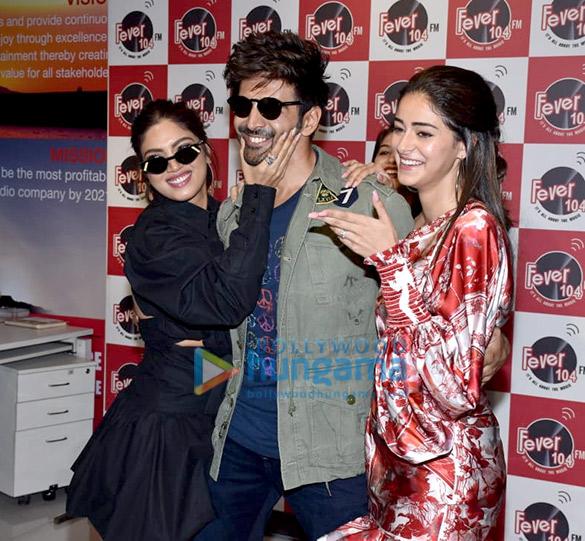 Photos Kartik Aaryan, Bhumi Pednekar and Ananya Panday snapped promoting their film Pati Patni Aur Woh at the Fever 104 FM office (1)