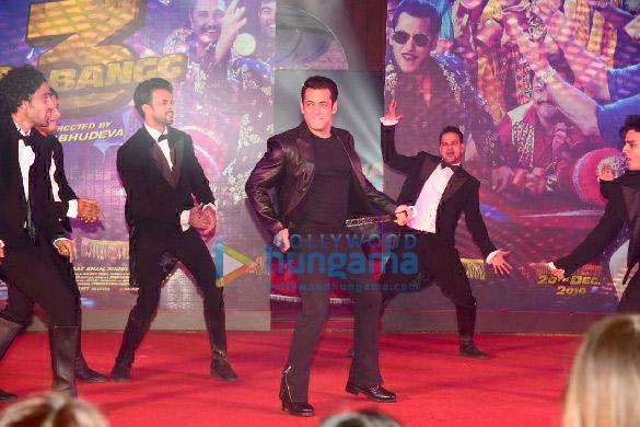 Photos Salman Khan, Prabhu Dheva, Warina Hussain, Arbaaz Khan and Nikhil Dwivedi grace the song launch of 'Munna Badnaam Hua' from their film 'Dabangg 3' (16)