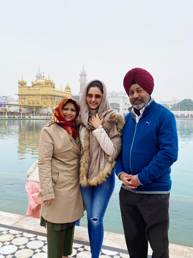 Rakul Preet Singh visits The Golden Temple with her parents as the year comes to an end
