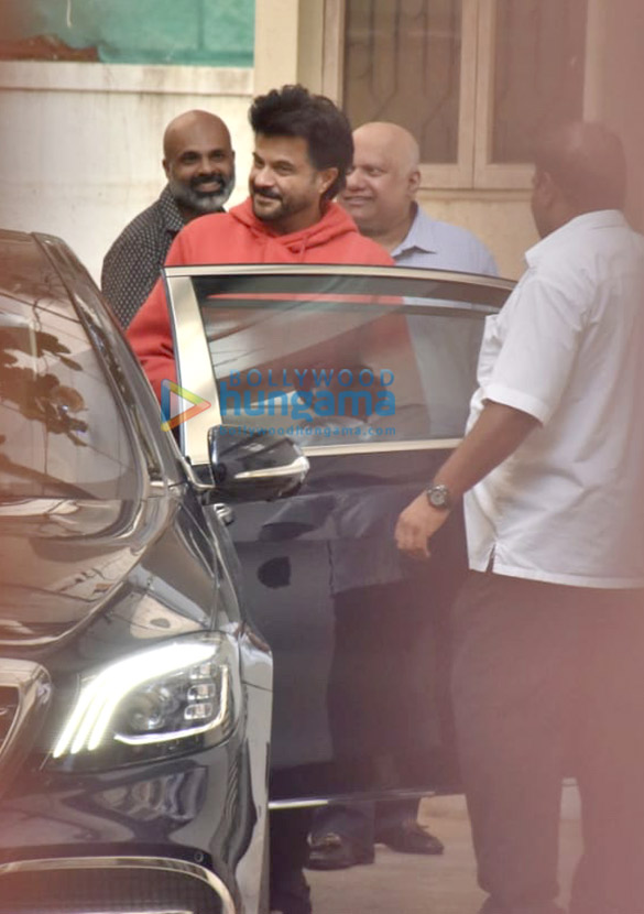 Photos Anil Kapoor snapped at a dubbing studio in Juhu (2)